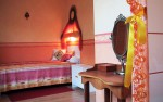 Chambre_Studio_lit_couleur_chaude